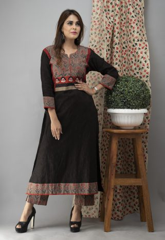 Hand Embroidered Black Kurta With Ajrakh Pants 5
