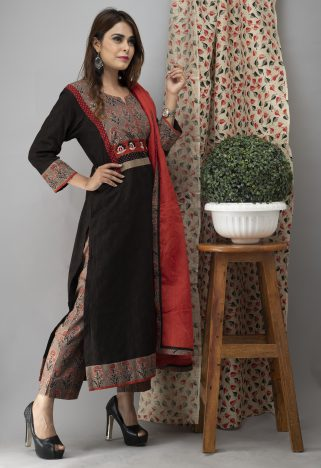 Hand Embroidered Black Kurta With Ajrakh Pants Side